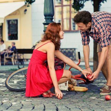 Как познакомиться с мужчиной на улице?